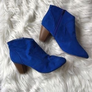 Chinese Laundry Blue Booties